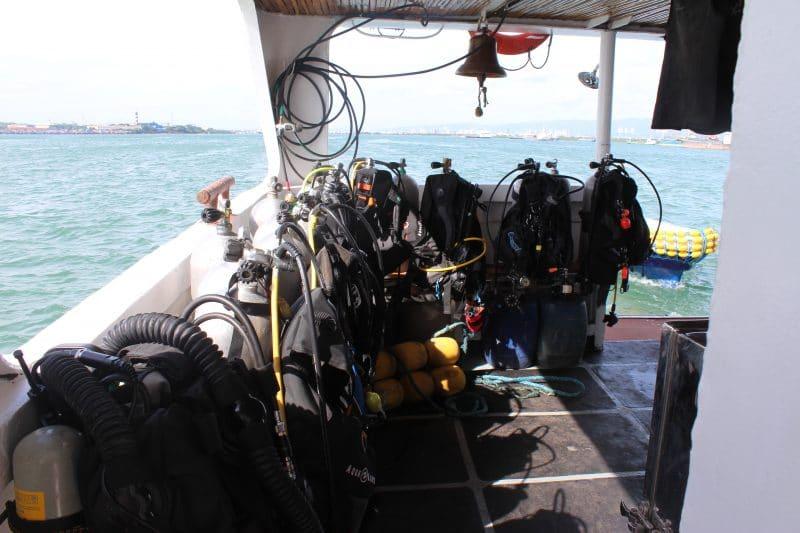 équipement et sécurité en plongée